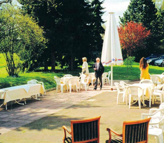 Beispiel: Sommerterrasse, Foto: Hotel Restaurant Diegner.