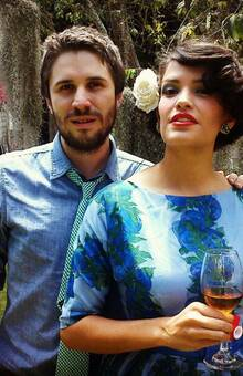 a dúo con Juan Pablo Vega