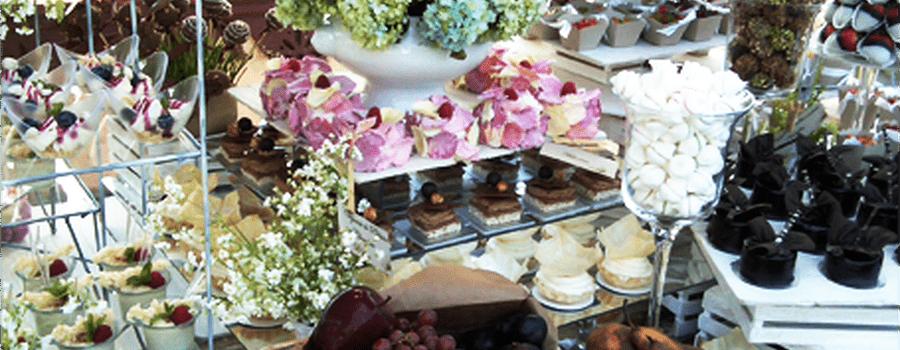 Mesa de postres para bodas por Dulces Besos