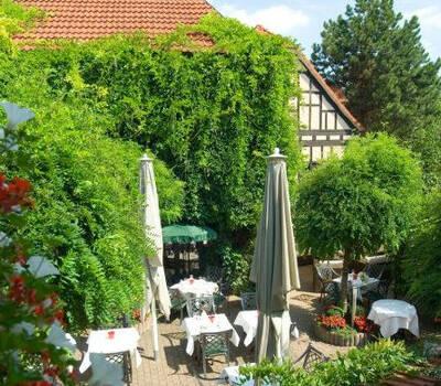 Beispiel: Gartenrestaurant - Innenhof, Foto: Landhaus Alte Scheune.