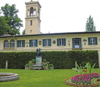 Beispiel: Außenansicht, Foto: Schloss Glienicke.