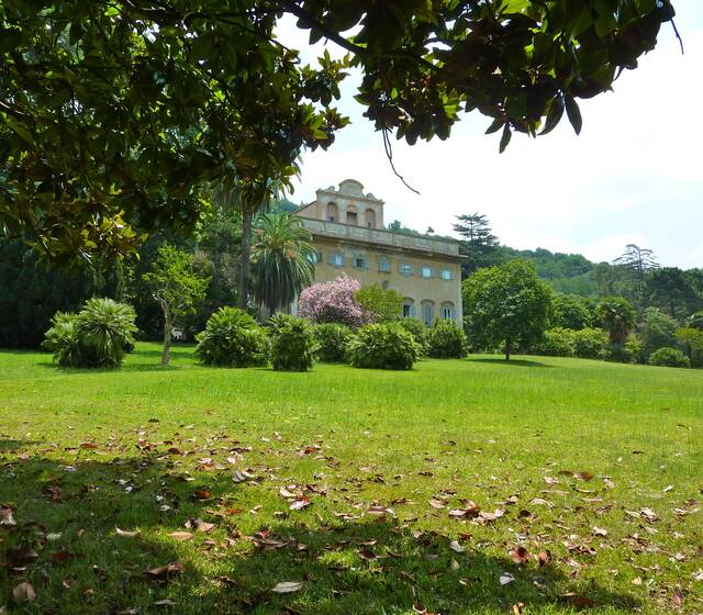 Villa di Corliano dal borgo