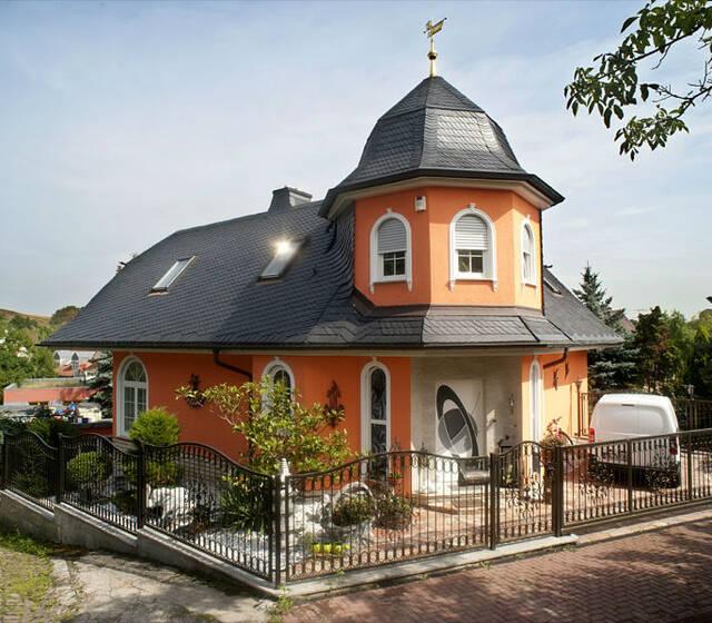 Beispiel: Außenansicht, Foto: Hotel Kröllwitzer Hof.