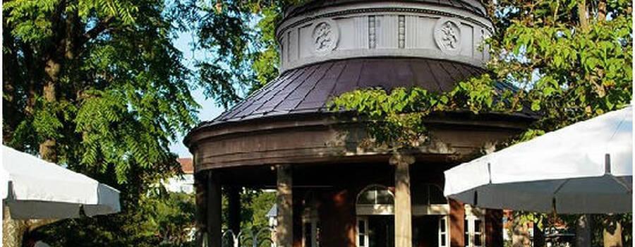 Beispiel: Außenansicht, Foto: Teehaus Weissenburgpark.