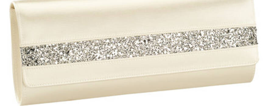 Beispiel: Wunderschöne Brauttaschen, Foto: La Passion Accessoires.