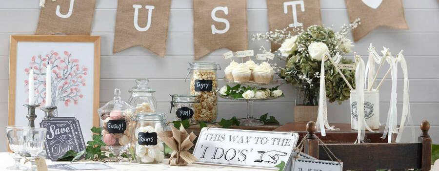 Beispiel: Vintage Wedding Deko, Foto: herzverbunden.