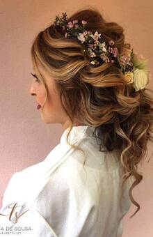 Hairstyle : Tania De Sousa - HairStylist Oficial Photography : Matilde Berk Make Up : Lea Magui Louro / Lea Magui Louro Video : I Do Films