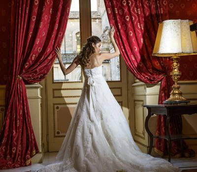 Antica Badia Relais Hotel Sala Lucrezia  La Sposa: Valentina Gianchino Ph Franco Licitra & Daniela Migliorisi  Studio Fotografico 2000