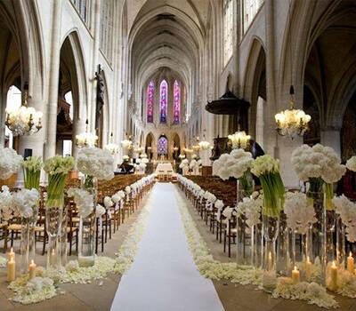 Dea Bee in Wedding