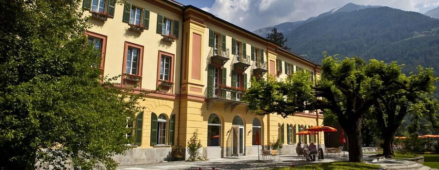 Beispiel: Aussenansicht, Foto: Hotel Le Prese.