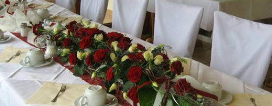 Beispiel: Wunderschöner Tischschmuck, Foto: Das Deko Team.