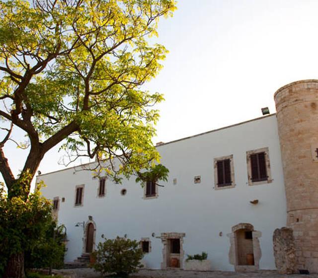 "Barsentum Masseria fortificata ""I MONTI"""
