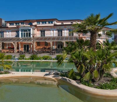 L'Araba Fenice - Hotel & Resort
