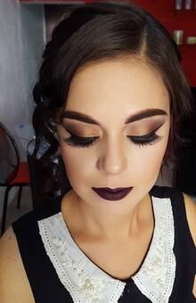 Claudia Delgado Makeup Artist