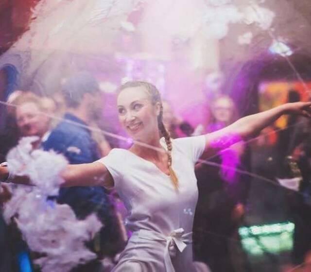 danseuse bulle Caro'Lyne Po