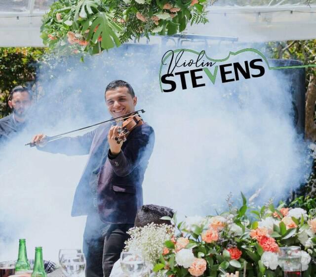 Stevens violin show