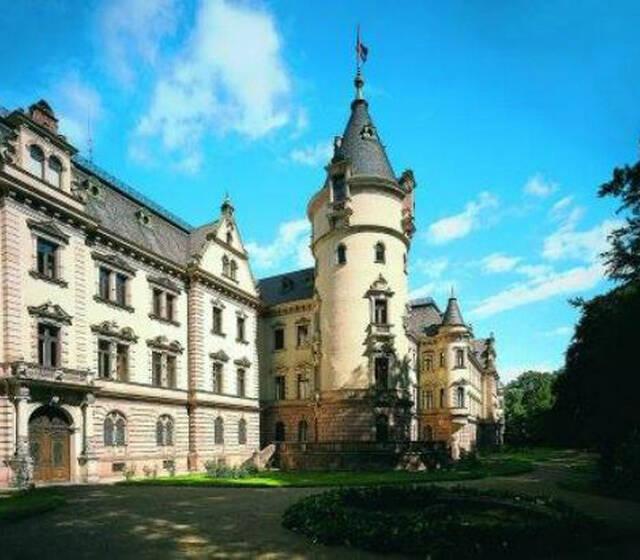 Beispiel: Außenansicht, Foto: Thurn und Taxis Schloss St. Emmeram.