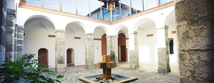 Claustro (patio interior)