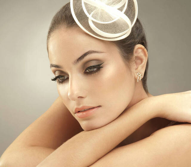 Andrea Alencar Make Up & Hair