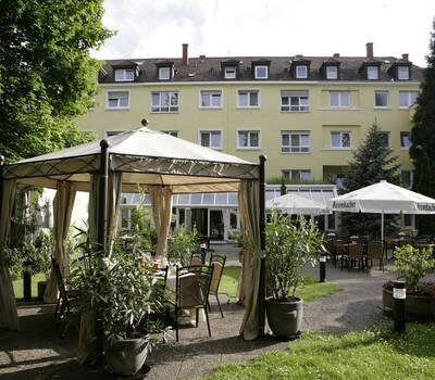 Beispiel: Außenbereich - Garten, Foto: Hotel Eden - Restaurant garbo.