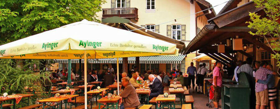 Beispiel: Außenansicht mit Biergarten, Foto: Gasthaus Inselkammer.