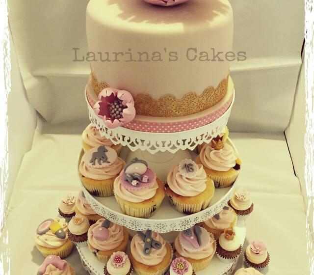 PeonienTorte mit Cupcakes
