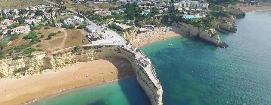 Wedding by the sea at Algarve