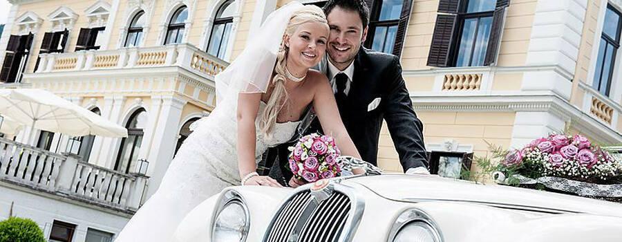 Beispiel: Jaguar S-Type als Hochzeitsauto, Foto: Royal Classics Oldtimer.