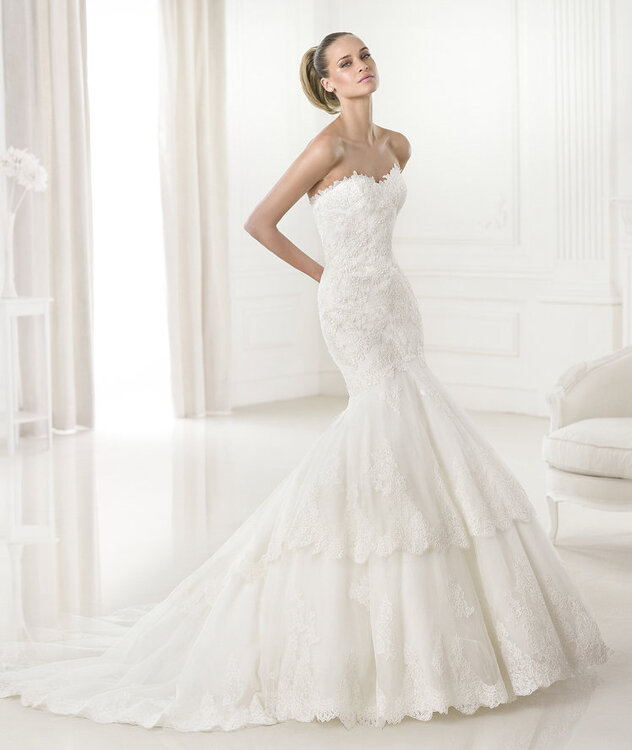 Pronovias Brautkleider 2015: Hochzeitskleider in Meerjungfrauenform ...