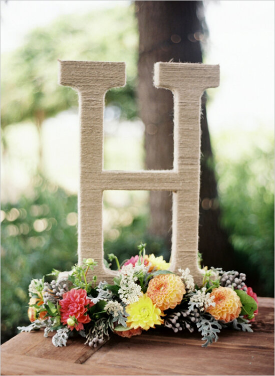 personalise your 2016 wedding ceremony and reception inspiring decoration ideas with letters. Black Bedroom Furniture Sets. Home Design Ideas