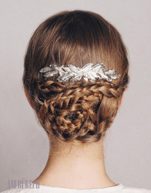 Peinados de moda recogidos con trenzas