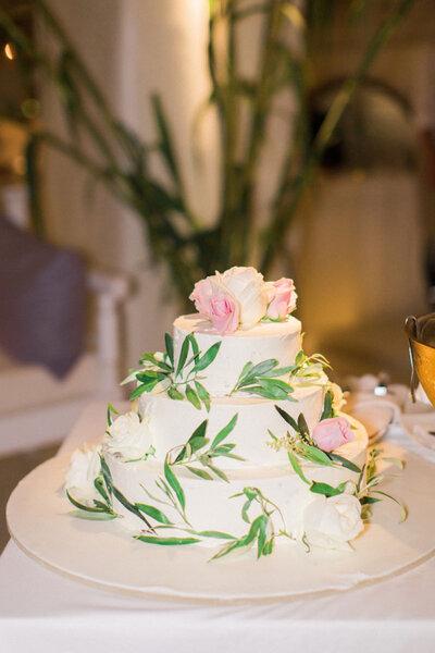 Tartas de boda con flores.