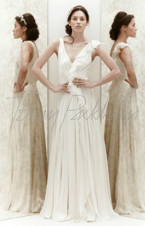 Jenny packham des robes de mari e simples et chics for Jenny packham robe de mariage de saule