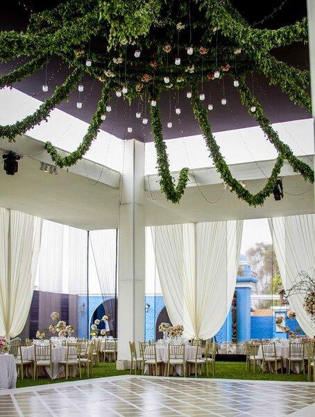 Guirnaldas para decorar tu boda.