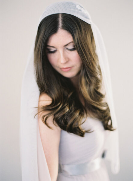 Wedding Hairstyles: Medium long hair with natural waves; perfect for a vintage veil.