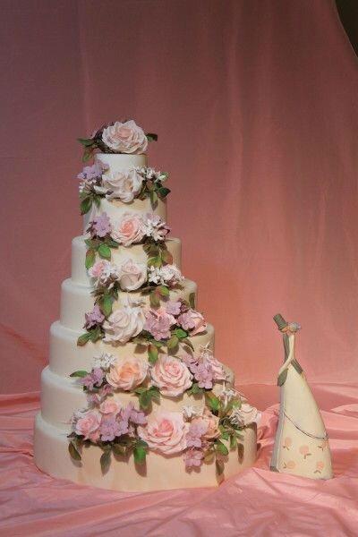 Hochzeitstorten mit Blumen