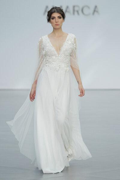 Vestidos de novia para mujeres bajitas: ¡Diseños que te dejarán ...