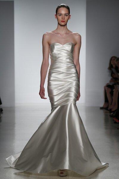 Suknia ślubna z kolekcj Kenneth Pool 2015  - New York Bridal Week