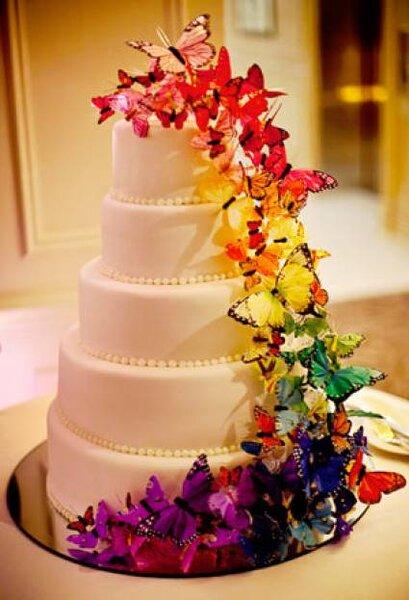 Pasteles de boda con mariposas