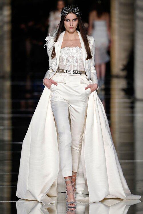 haute couture br ute in paris 2016 27 sensationelle brautkleider. Black Bedroom Furniture Sets. Home Design Ideas