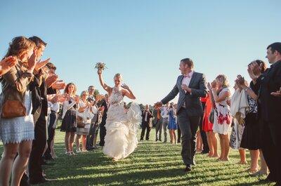 Le sublime mariage shabby chic de Justine et Adrian, truffé de détails DIY !