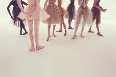 7 tons de nude: a nova coleção de sabrinas de Louboutin já chegou
