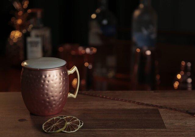Coquetelaria personalizada: descubra como ter um drink dos sonhos e as últimas tendências no seu casamento!