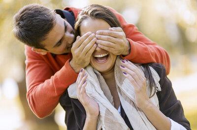 10 cosas súper románticas que las mujeres esperan experimentar una vez en la vida: Que vivan los detalles