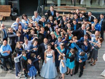 Das perfekte Gruppenfoto für die Hochzeit - Mit diesen 7 Profi-Tipps klappt es!