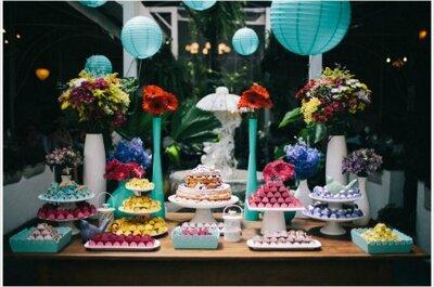 Mesas de doces inspiradoras se tornam a grande atração em casamentos