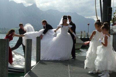 Spektakuläre Auftritte für Bräute - Hier kommt die Braut!