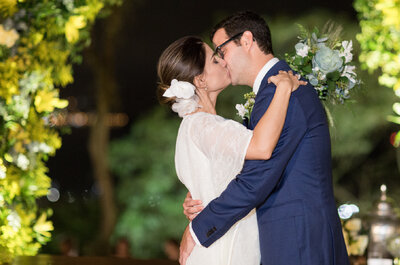 Casamento em casa em tons de verde e amarelo de Beatriz & Joaquim: noiva grávida lindíssima e muita emoção!