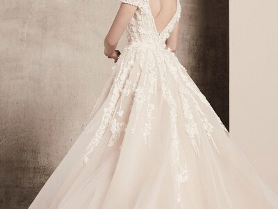 Robes de mariées Elie Saab 2018 : la grâce à l'état pur