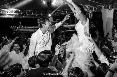 Casamento desanimado? O DJ pode ter sido o culpado! Casamento super animado? O DJ também merece os créditos!